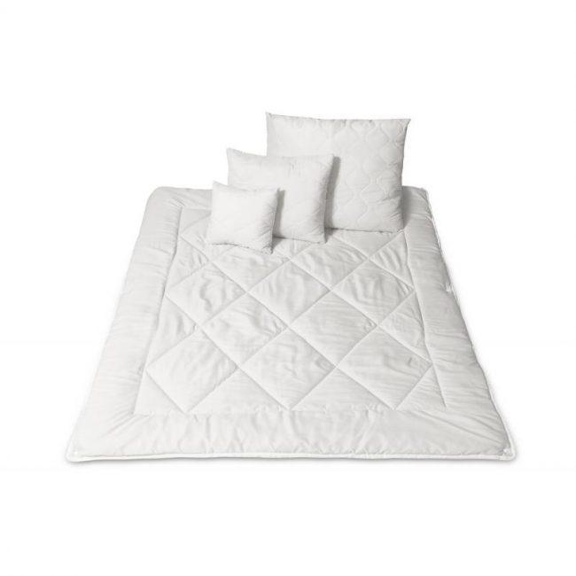Bettdecke und Kissen Set